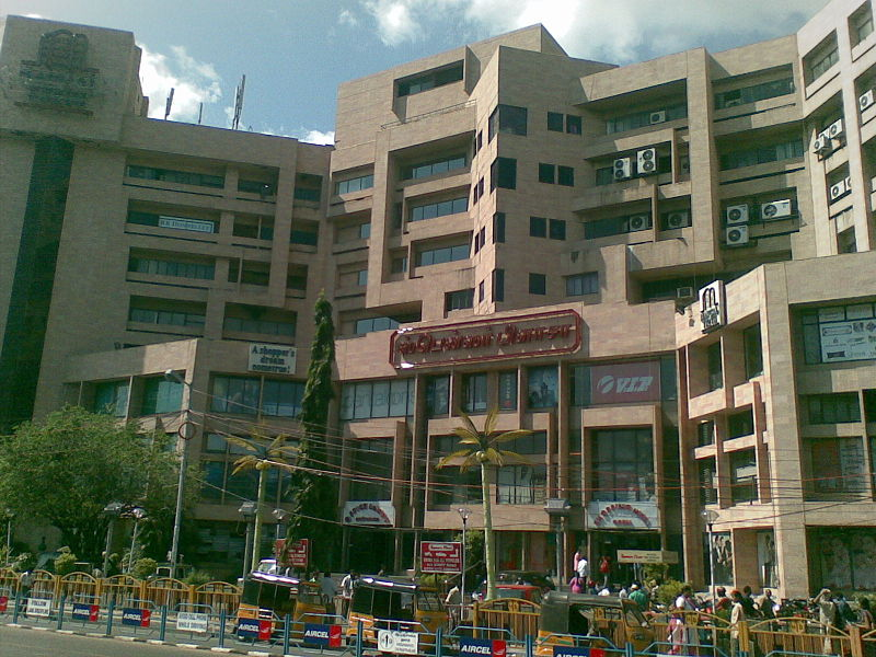 Spencer Plaza - India's Oldest Shopping Mall