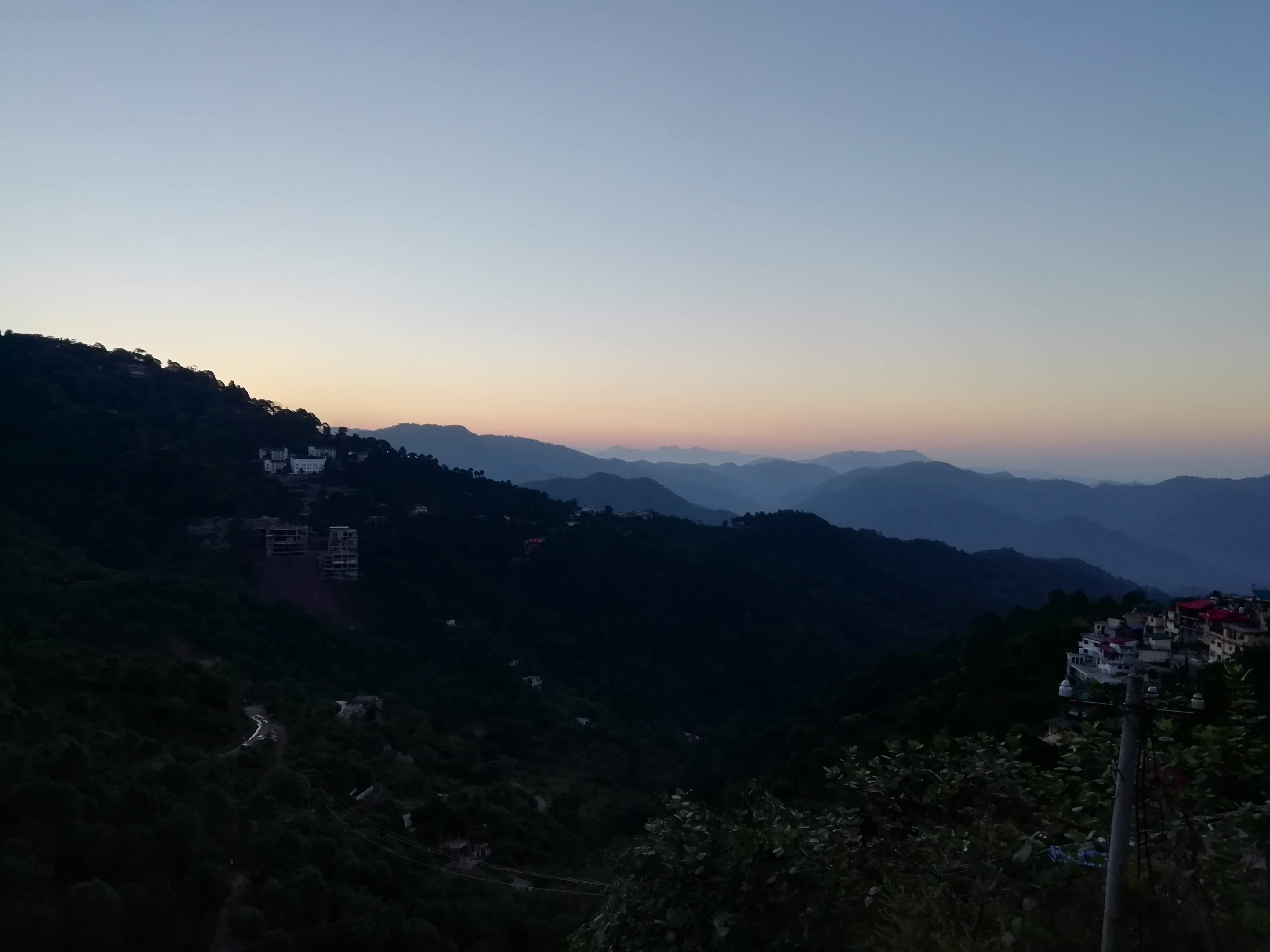 Kasauli-Hotel-Hemkund-Garkhal view