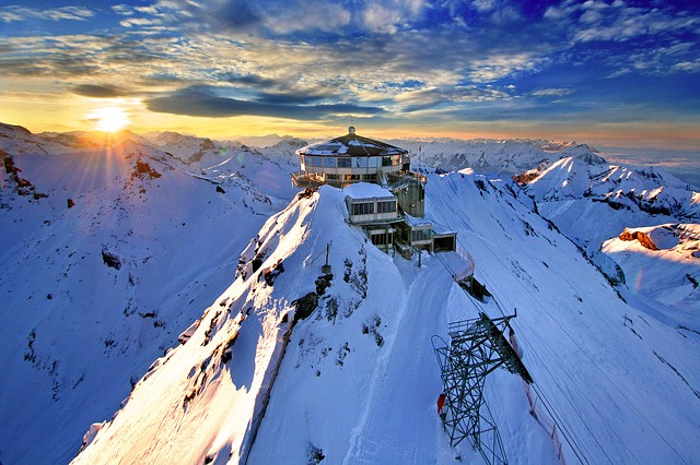 Schilthorn Mountain Station Switzerland Alpine