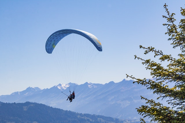 Paragliding in Bir Himachal Pradesh Popular in India