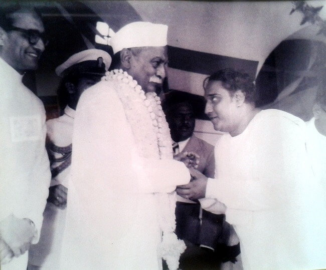 First elected as President of India in 26th Jan 1950 Rajendra Prasad popular in India